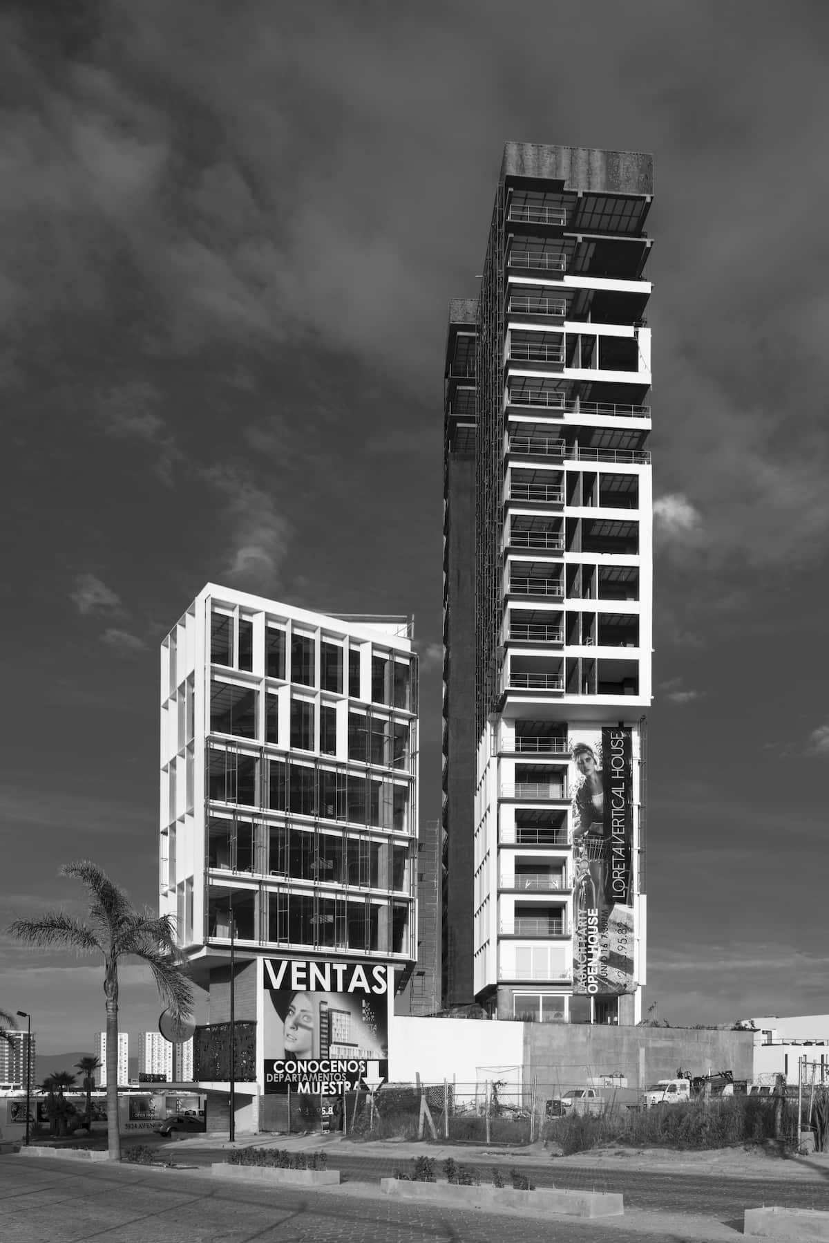 loreta-vertical-house-05