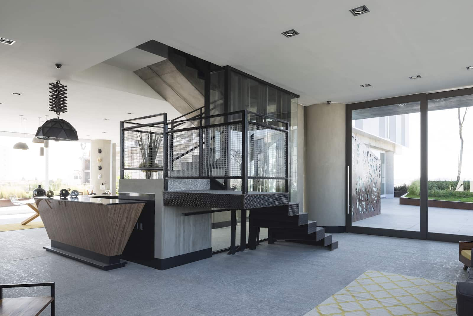 loreta-vertical-house-10
