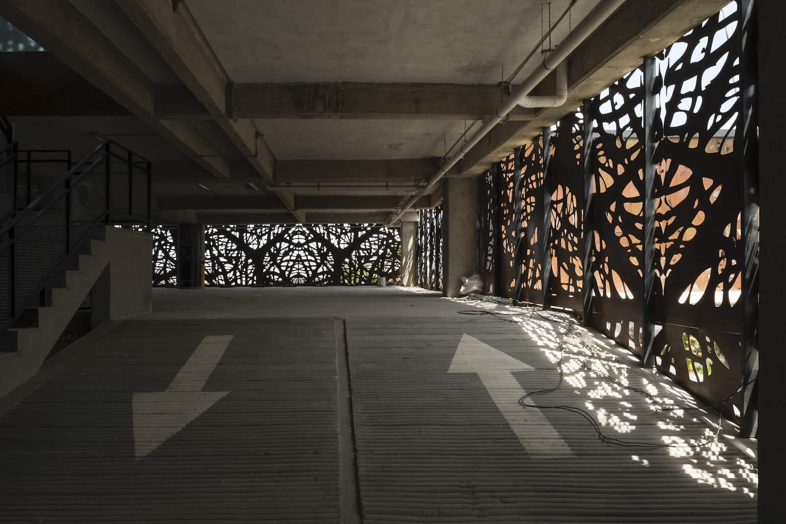loreta-vertical-house-18